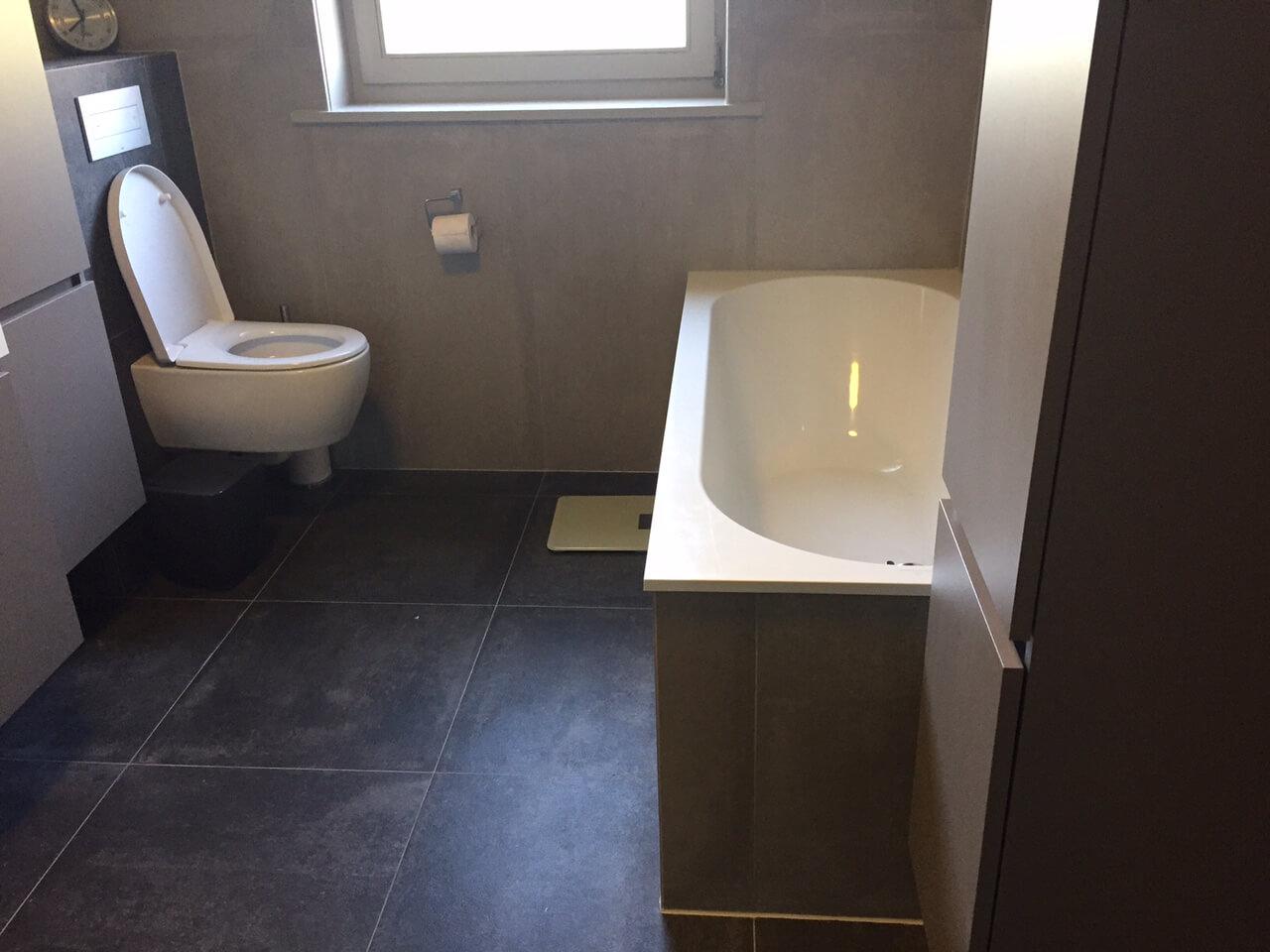 Inloopdouche Met Bad : Badkamer van morgen bad eruit douche erin baderie